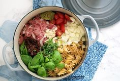 one pot pasta med serrano skinke One Pot Dinners, Food Crush, Always Hungry, One Pot Pasta, Recipes From Heaven, Everyday Food, Tasty Dishes, Food Inspiration, Italian Recipes