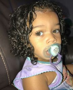 If my future child has my eye color Cute Mixed Babies, Cute Black Babies, Beautiful Black Babies, Cute Little Girls, Beautiful Children, Cute Kids, Cute Babies, Lil Baby, Baby Kids