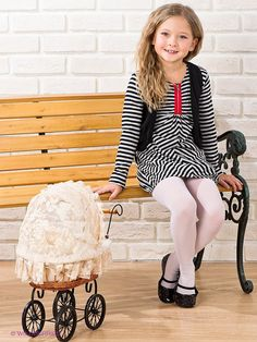 Girly Girl Outfits, Pantyhose Outfits, 1, Dresses With Sleeves, Dreams, Legs, Hair Styles, Long Sleeve, Sweet