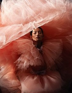 By Yoo Young Kyu - le flambeur Inspiration Photoshoot, Fashion Photography Inspiration, Editorial Photography, Photo Portrait, Portrait Photography, Photography Women, Beauty Photography, Photography Ideas, Editorial Fashion