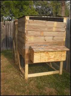 DIY Chicken Coop made out of old fencing