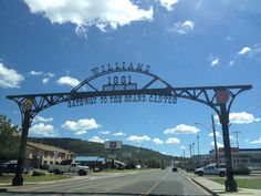 Williams, AZ along the historic Route 66...cool little town! Bahaha... Checked off the list!!!!