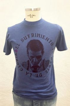 """Nueva camiseta de """"Juan José Padilla"""" en azul vintage, edición limitada! Sólo 100 unidades. PVP: 39 € Tallas de la 16 a la 2XL. Http://poloselcapote.com/38-camisetas"""