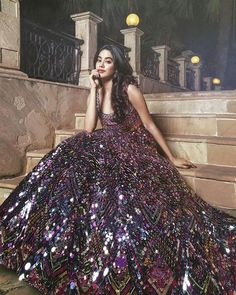 Making A Glamorous Style Statement in Black DeepTone Multicolured Metal Embrodiery Lehanga . Indian Wedding Gowns, Indian Gowns Dresses, Indian Bridal Outfits, Indian Fashion Dresses, Dress Indian Style, Indian Designer Outfits, Party Wear Dresses, Bridal Dresses, Princesa Indiana