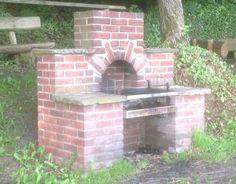 pizzaofen gartenk che selber bauen grillplatz essplatz garten pinterest grillplatz. Black Bedroom Furniture Sets. Home Design Ideas