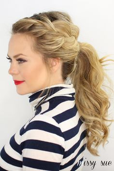 Easy hair tutorials: A loose French braid that's loose and imperfect on purpose. We love this look!