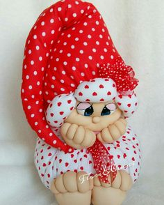 Christmas Elf Doll, Doll Face Paint, Homemade Dolls, Sock Crafts, Holiday Crochet, Sewing Dolls, Waldorf Dolls, Soft Dolls, Stuffed Animal Patterns