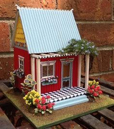 """""""Mary's Garden"""" registered class by Suzanne Larson Tamburo. Quarter Scale. https://miniatures.org/2016Seattle"""