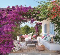 32 Trendy Ideas For Garden Patio Pergola Porches Outdoor Rooms, Outdoor Gardens, Outdoor Living, Outdoor Furniture Sets, Outdoor Decor, Outdoor Seating, Balcony Furniture, Living Furniture, White Furniture