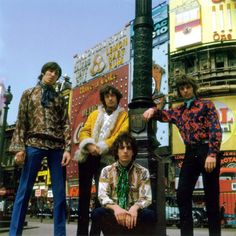 Pink Floyd at Piccadilly Circus, 1967