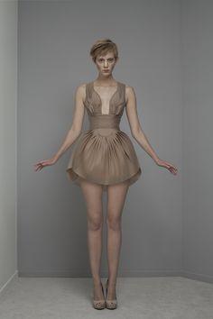 yiqing yin s/s 2014 Yiqing Yin, Dolly Fashion, Conceptual Fashion, Textiles, China Fashion, Fashion Details, Stylish Outfits, Dress To Impress, Short Dresses
