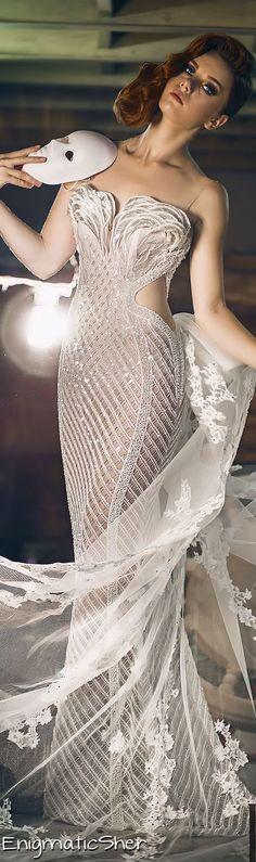 Charbel Zoe Fall-Winter 2014-2015 Couture - top xD ❁❁❁♥..¸¸.•♥• Follow-me twitter: @mcm_blog http://meninacharmemoda.blogspot.com.br/