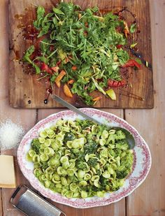 Broccoli Pasta, Chopped Garden Salad from Jamie Oliver's 15 Minute Meals. This tasty, vegetarian meal is quick, easy and packed with flavour.