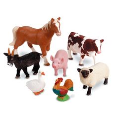 Let's take a field trip to the farm and round up the animals! Realistic details of barn animals provide hours of imaginative play. Farm Animal Toys, Barn Animals, Zoo Animals, Barnyard Animals, Fun Facts About Animals, Barn Wood Crafts, Plastic Animals, Coq, Imaginative Play