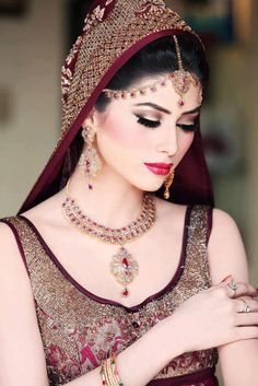Pakistani Sleeveless Bridal Dresses