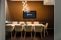 Microsoft Center Berlin, Berlino, 2013 - COORDINATION Berlin - Stühle von COR Modell Jalis, Design: Jehs+Laub