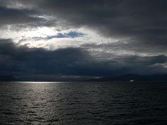 Lumière de Norvège... Norway, Traveling, Celestial, Sunset, Places, Outdoor, Travel, Viajes, Outdoors