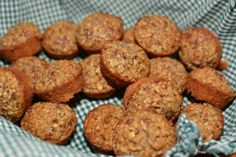 Pecan Pie Mini Muffins! Only 5 ingredients!!