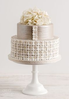 Wedding cake idea; Featured Cake: De la Creme Studio