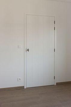 Peter Druyts | Binnendeuren Irish Cottage, Cottage Renovation, Entry Hallway, Internal Doors, Vintage Kitchen, Tall Cabinet Storage, House Design, Windows, Furniture