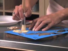 Candie Cooper shows you how to stencil a decorative plaque with FolkArt Acrylics. #PlaidCrafts #crafts