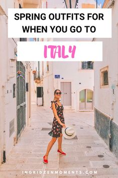 Spring is my favorite time to visit Italy and I'm here to answer your questions about what you should be packing for Italy in spring, for the best trip. Outfits for Italy Best Travel Clothes, Cute Vacation Outfits, Packing List For Vacation, Vacation Trips, Italy Travel Tips, Travel Destinations, Italy Outfits, Travel Outfit Summer, Visit Italy