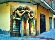 Salamanca, Spagna: nuovo pezzo della street artist italiana Alice Pasquini.