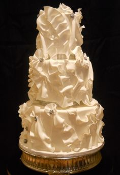 Baltimore Cakery: Ruffles and Buttons (Baltimore's best wedding cakes)
