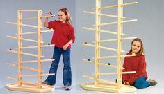 Zeitvertreib für die Kiddies: Die Riesen-Murmelbahn kannst du selbst aus Holz bauen.