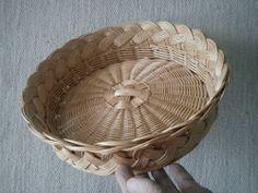 Old cane basket Cane Baskets, Baskets On Wall, Easter Baskets, Wicker Baskets, Pine Needle Crafts, Tall Basket, Newspaper Basket, Paper Weaving, Sewing Baskets