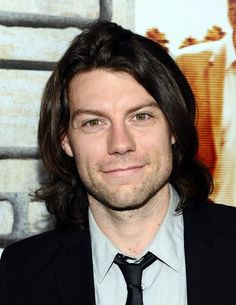 patrick fugit... totally understated
