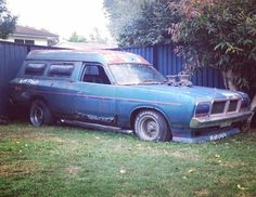 Lost in time Australian Muscle Cars, Aussie Muscle Cars, Big Girl Toys, Girls Toys, Car Pictures, Car Pics, Wrecking Yards, Chrysler Valiant, Van Car