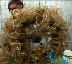 24-inch-wreath-large-bunny-head-tutorial-trendy-tree-ruffles-completed