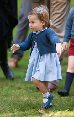 Day six of the Cambridges' royal tour of Canada brought the most eagerly anticipated engagement, with Prince George and Princess Charlotte . Royal Princess, Prince And Princess, Little Princess, Princesa Diana, Princesa Charlotte, Prince George Alexander Louis, Prince William And Catherine, Duchess Kate, Duchess Of Cambridge