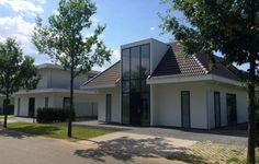 Villa Wateras Dronten by Jan des Bouvrie #architecture #dronten #harderwold #style #villa #dutchdesign