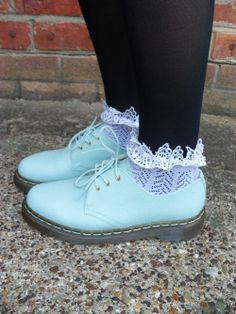 Pastel shoes with ruffles