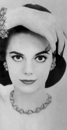 Natalie Wood wow this is by far one of my new favorite picture of her