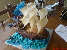 3 d pirate ship cakes Pirate Birthday, Pirate Theme, Cake Decorating Piping, Food Decorating, Pirate Ship Cakes, Pirate Fairy, Great British Bake Off, Novelty Cakes, Creative Cakes