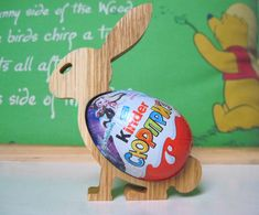 Scroll saw pattern Easter Hunt, Easter Eggs, Easter Gifts For Kids, Diy Ostern, Egg Holder, Cute Bunny, Bunny Bunny, Easter Holidays, Easter Treats