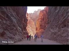 Around the World in 5 Minutes........beautiful video showcase of our world by Kien Lam
