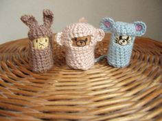 Amigurumi Haaksels: Patroon kurk diertjes Crochet Fabric, Knit Crochet, Crochet Amigurumi, Diy Toys, Crochet Projects, Upcycle, Baby Shoes, Knitting, Kids