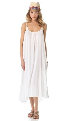 ¡Cómpralo ya!. 9Seed Tulum Cover Up - White. A gauze cover up dress is the perfect lightweight layer for a day at the beach. Semi sheer. Fabric: Gauze. 100% cotton. Hand wash. Made in the USA. Measurements Length: 48in / 122cm, from shoulder. Available sizes: One Size , vestidoinformal, casual, informales, informal, day, kleidcasual, vestidoinformal, robeinformelle, vestitoinformale, día. Vestido informal  de mujer color blanco de 9seed.