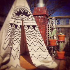 another awesome teepee tutorial - love the painting on the front