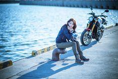 人生の大きな転機を迎えるため彼女はオートバイを手に入れ、そして走った。夏の終わりと秋の始まり、過去と現在が交錯したある日のストーリー。