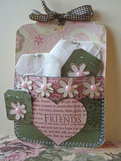 Jacqueline's Craft Nest: Tea pocket cards ~ Instead of tea bags, you could put a matching tag or bookmark. Card Tags, Gift Tags, Little Presents, Handmade Tags, Pocket Letters, Pocket Cards, Paper Gifts, Creative Cards, Scrapbook Cards