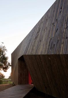 Two Skins house by Veronica Arcos