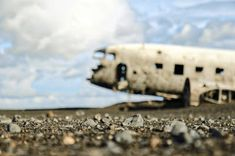 """""""There is a War in Yemen"""", a poem by George Payne Free High Resolution Photos, Civil Aviation, Free Dogs, Image House, Hd Images, Dog Photos, Best Funny Pictures, Brighton, Fighter Jets"""