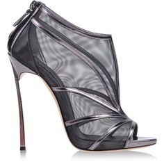 10 Stunning Photos of the Sexiest Shoes by Casadei