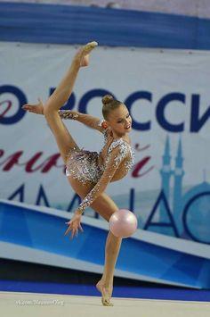 <<Alina Ermolova (Russia (>>