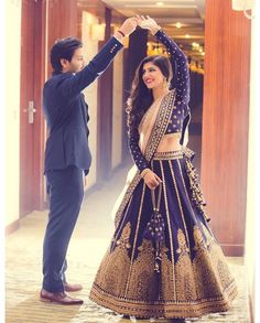 Great INDIA COUTURE WEEK MANISH MALHOTRA More India FashionEthnic FashionWedding